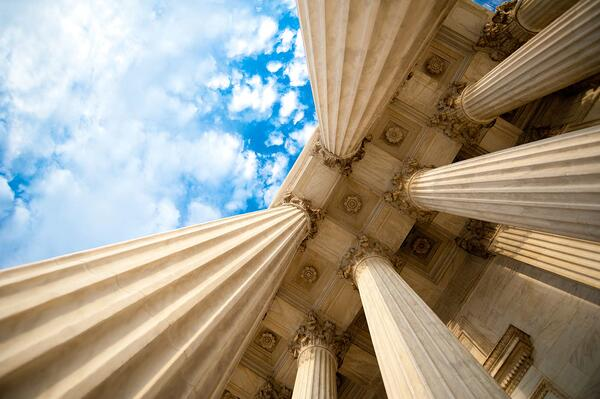 What's a Pillar Page? (SEO Powerhouses for Your Content Marketing Strategy)