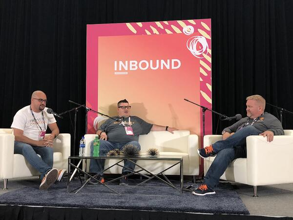 a-growth-marketers-take-on-inbound19-live-podcasting