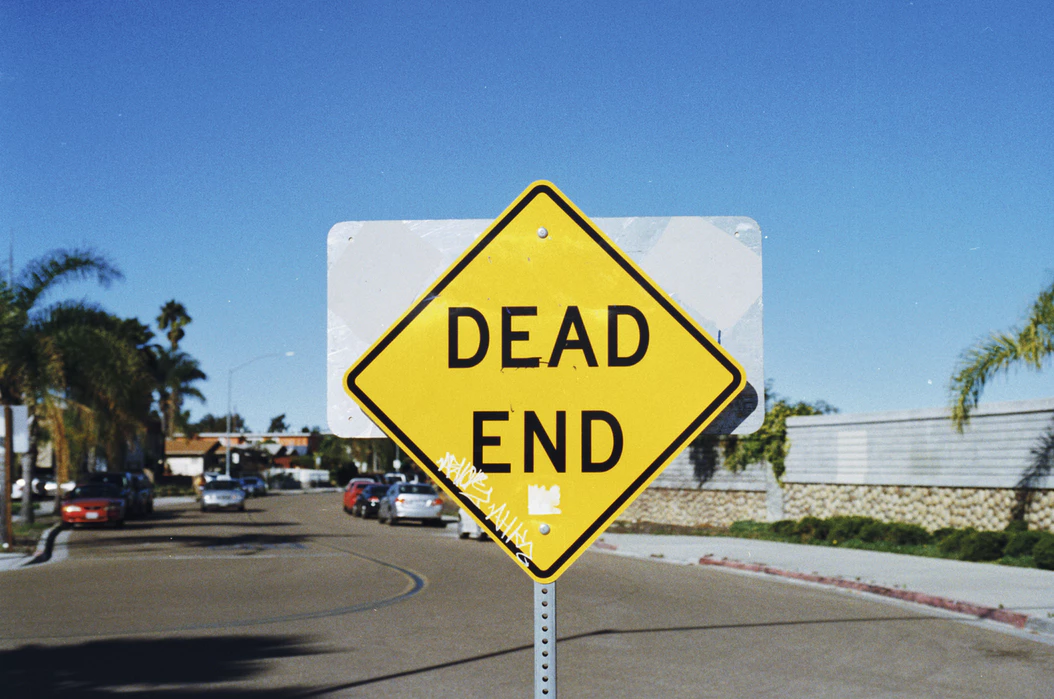 dead end sign as an example in Homepage Bounce Rate Case Study: Impulse Creative